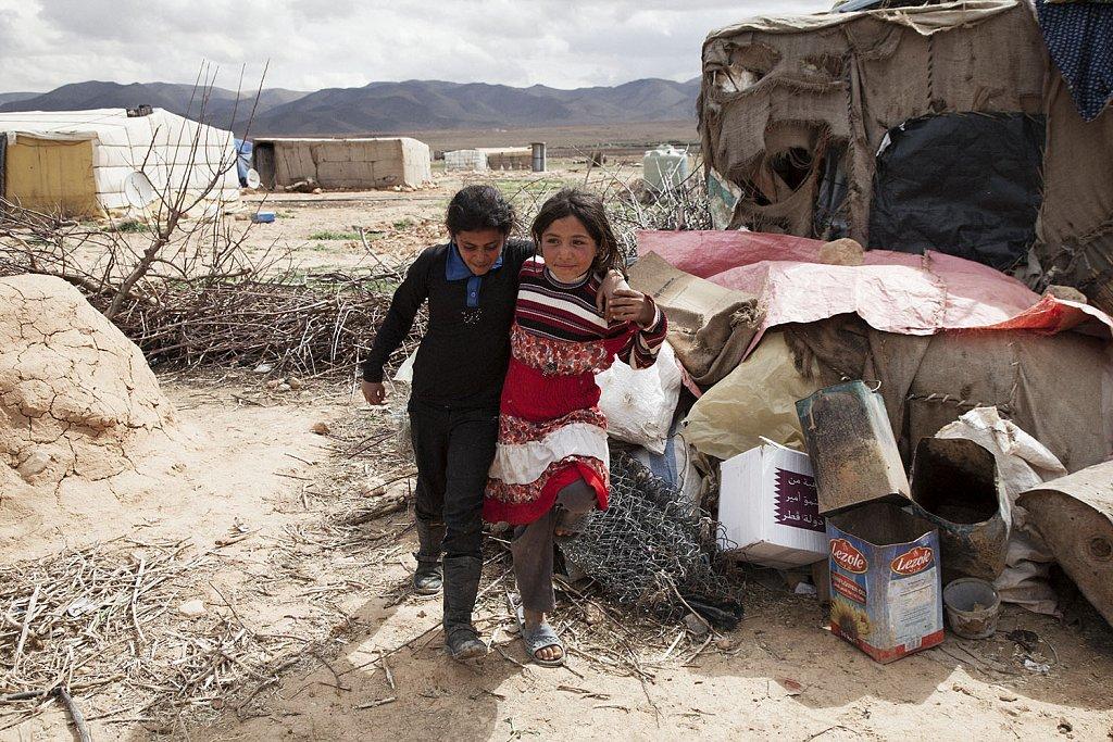 Syrian family in no man´s land (Lebanon-Syrian borders)